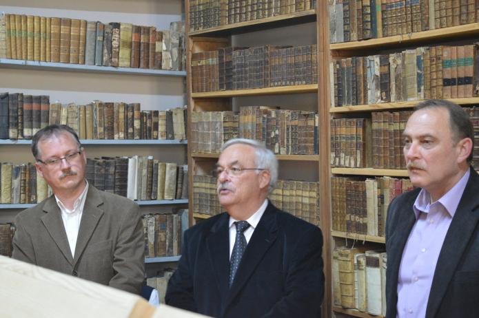 Megnyitó beszédet mond Kató Béla püspök.