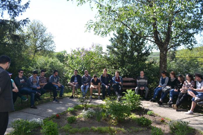 A gyülekezetismereti gyakorlaton Varga Zoltán türei lelkipásztort hallgatják